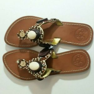 BCBG Bg Bistro T-Strap Boho Sandals